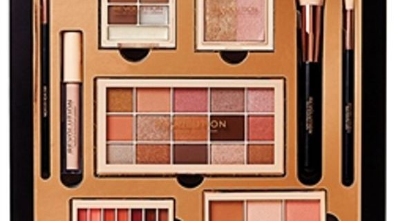 Makeup Revolution Gift Sets now in for Christmas 2018